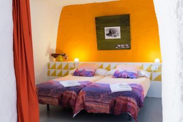 cueva-alondra-alojamiento-bardenas
