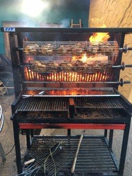 Bar cueva pollos asados en bardenas