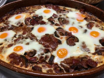 Cazuelas, raciones y comida típica de Navarra