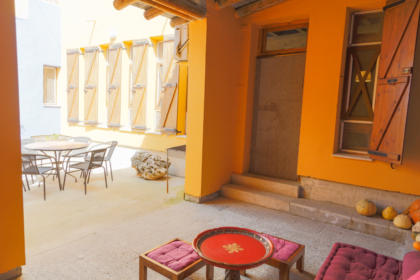Alojamiento con porche exterior y barbacoa