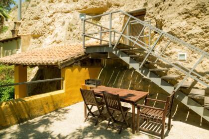resized 2018 01 Exterior cuevas de Valtierra-45