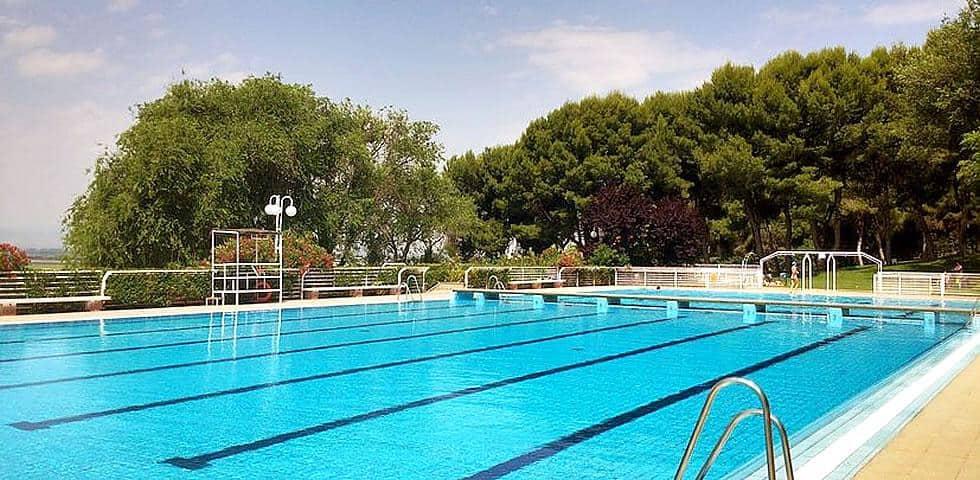 hotel con piscinas gratis en las bardenas